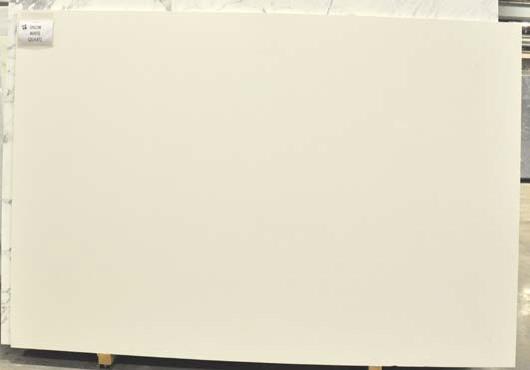 White technoquartz slabs
