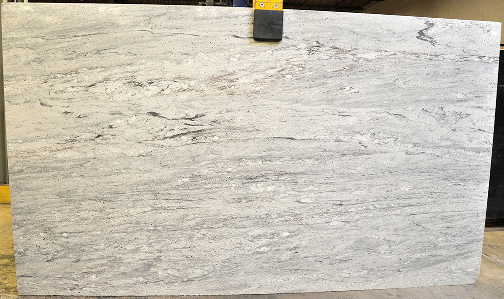 bianco nuvolato granite slab
