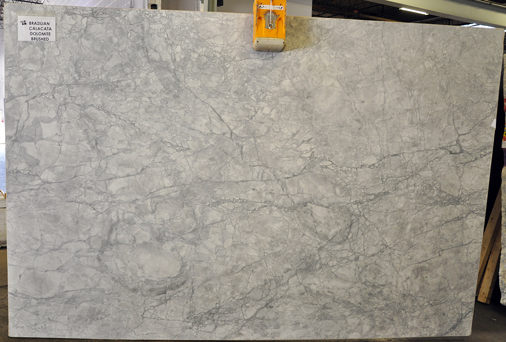 Quartzite slab - Brazilian Calacata brushed