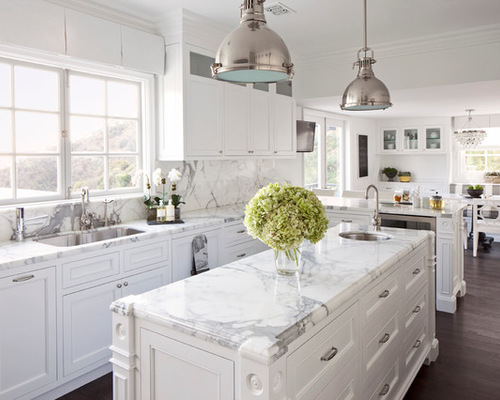 Traditional White Kitchens Photos