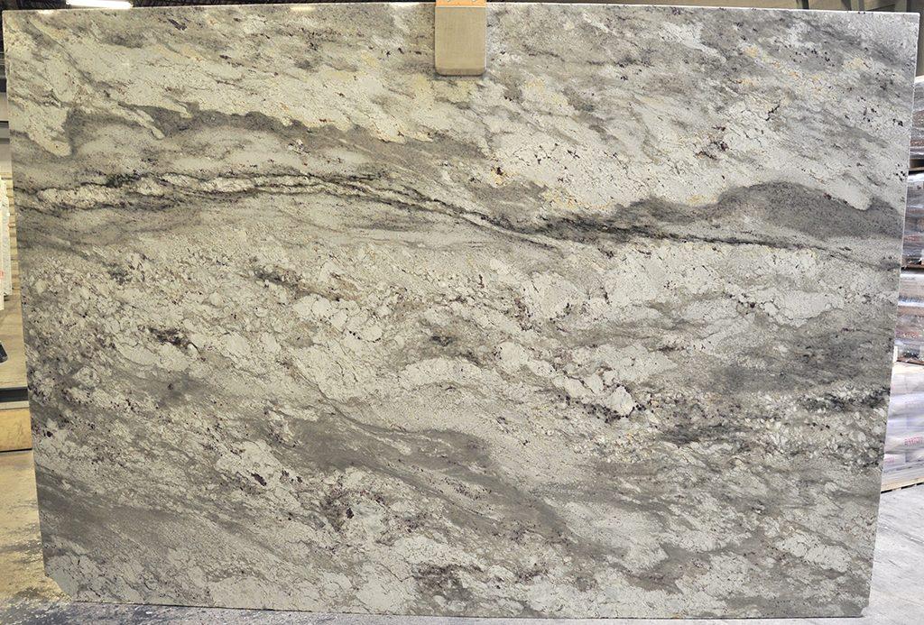 Bianco Nuvolato granite