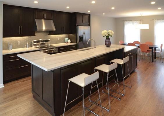 contemporary kitchen - white macauba quartzite