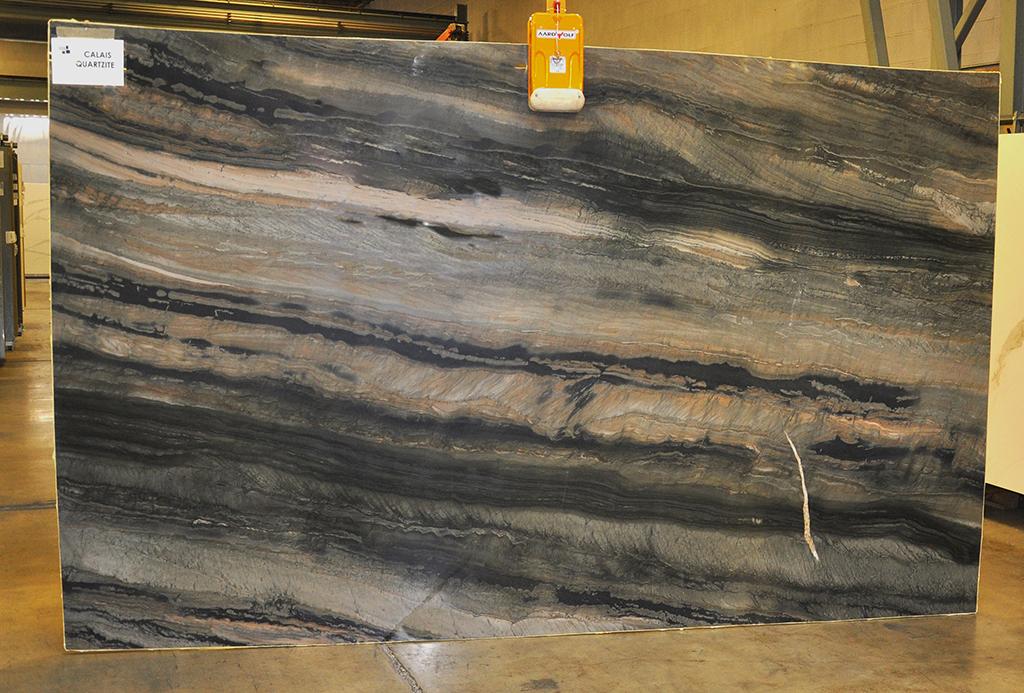calais quartzite slab